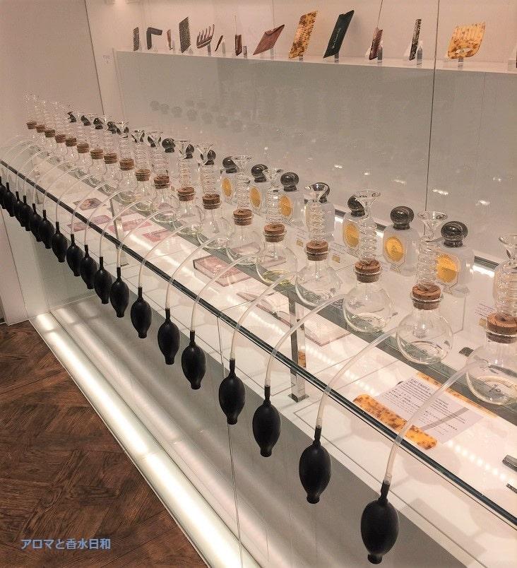 ルーブル美術館の香水「ビュリー」