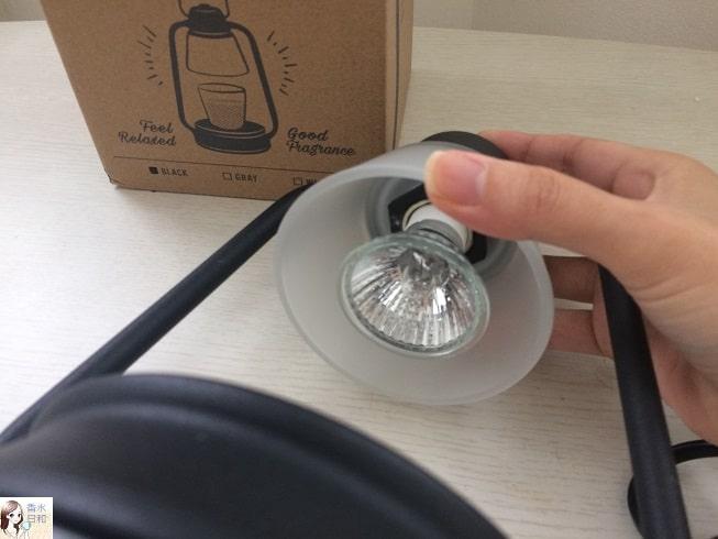電球の熱で蝋を温める